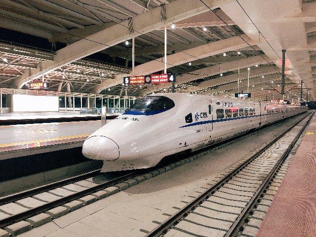 中国新幹線の切符の買い方、乗り方、車内の雰囲気などをまとめました